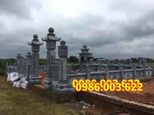 Việc thi công lăng mộ cần được thực hiện bởi những người giàu kinh nghiệm