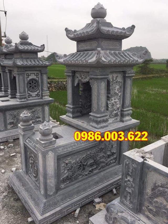 Hình ảnh chạm khắc trên mộ hai đao
